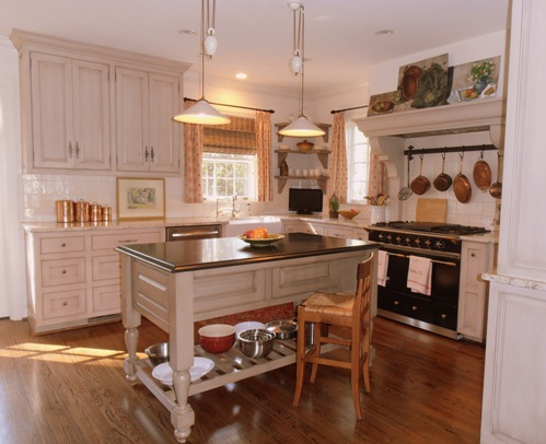 My client found these wonderful hanging lights typical of French kitchens!